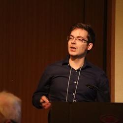 Dr Gunnar  Kusch